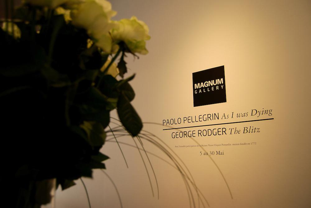 Sede de la Agencia Magnum Photos en Paris.<br /> Galeria Magnum, Exposiciones de Paolo Pellegrin y George Rodger<br /> Paris, Francia 2008<br /> (Copyright © Aaron Sosa)