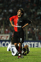 Fotball<br /> Independiente v Newells<br /> Torneo Clausura<br /> Buenos Aires<br /> 21. februar 2004<br /> Foto: Digitalsport<br /> Norway Only<br /> Rosales, Newells