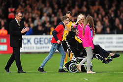 CAMBRIDGE UNITED WELCOME BACK FOR AFTER TWO YEARS FOR HIS FIRST GAME SINCE BEING BEATEN AND SERIOUSLY INJURED BY SOUTHEND FAN SIMON DOBBIN AND FAMILYCambridge United v Portsmouth, Abbey Stadium Sky Bet Football League Two, Saturday 29th October 2016<br /> Score 0-1 (Chaplin)