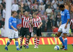 17-09-2006 VOETBAL: PSV - FEYENOORD: EINDHOVEN <br /> PSV verslaat in eigen huis Feyenoord met 2-1 / Alex scoort de 2-0<br /> &copy;2006-WWW.FOTOHOOGENDOORN.NL