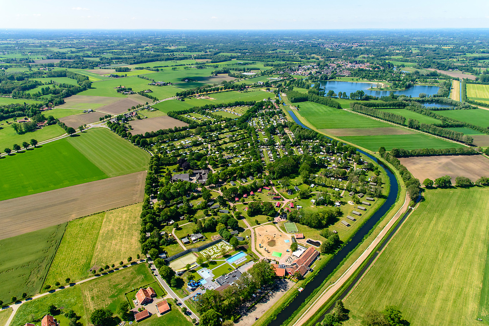 Nederland, Gelderland, Gemeente Winterswijk, 29-05-2019; vakantiepark en camping  nabij de Slingeplas en riviertje de Slinge (of Schlinge), Winterswijk Miste, Achterhoek.<br /> Holiday park and campsite near the Slingeplas and river Slinge (or Schlinge), Winterswijk Miste.<br /> <br /> luchtfoto (toeslag op standard tarieven);<br /> aerial photo (additional fee required);<br /> copyright foto/photo Siebe Swart