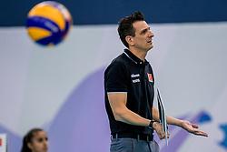 01-10-2017 AZE: CEV European Volleyball Azerbeidzjan - Turkije, Baku<br /> Turkije pakt de bronze medaille door het thuisland met 3-1 te verslaan / Coach Giovanni Guidetti of Turkey