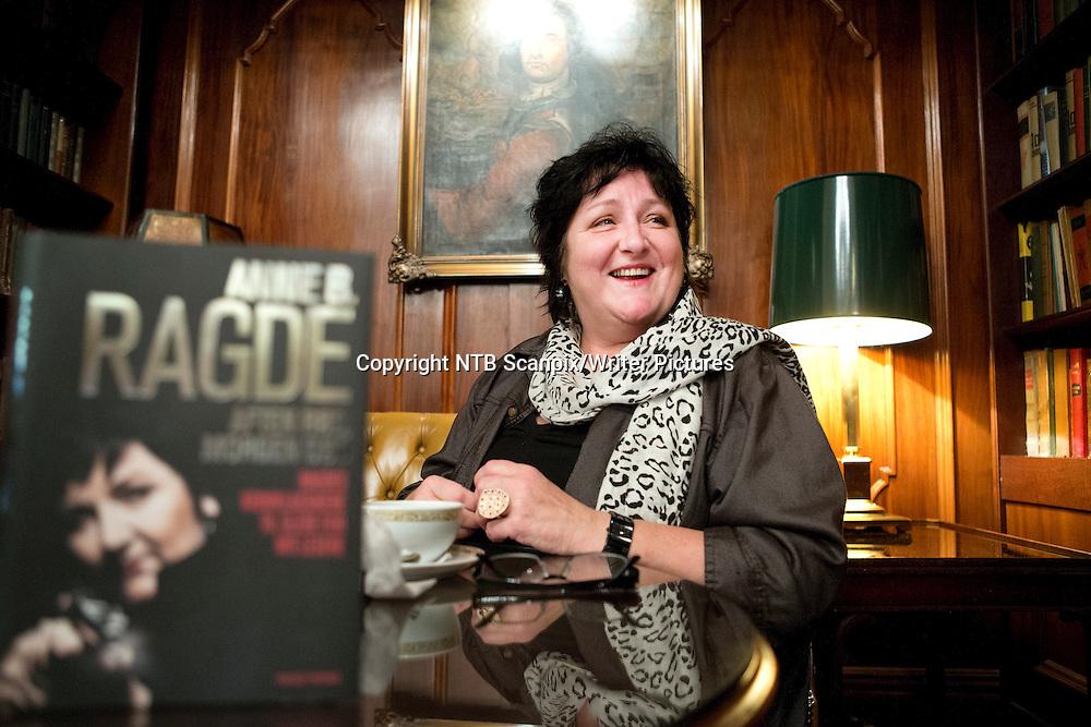 OSLO  20121013. Ny bok fra Anne B. Ragde med tidligere kriminalnoveller som hun skrev for A-magasinet. <br /> Foto: Gorm Kallestad / NTB scanpix<br /> <br /> NTB Scanpix/Writer Pictures<br /> <br /> WORLD RIGHTS, DIRECT SALES ONLY, NO AGENCY