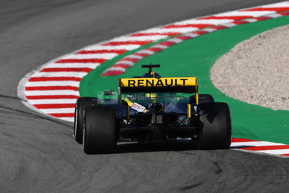 February 18, 2019 - Barcelona, Spain - The German driver, Nico Hulkenberg, of Renault F1 Team, testing the new car for F1 2019 Championship, during the first day of Formula One Test at Catalonia Circuit, on February 18, 2019 in Barcelona, Spain. (Credit Image: © Joan Cros/NurPhoto via ZUMA Press)