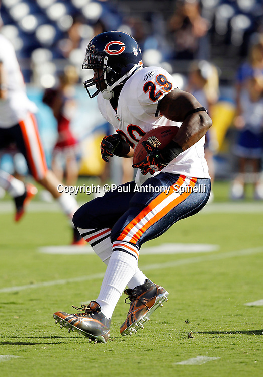 Chicago Bears running back Chester Taylor (29) runs the ball during pregame warmups during a NFL week 1 preseason football game against the San Diego Chargers, Saturday, August 14, 2010 in San Diego, California. The Chargers won the game 25-10. (©Paul Anthony Spinelli)
