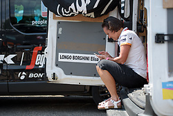Donna Rae Zalinski prepares for La Course High Speed Pursuit 2017 - a 22.5 km pursuit road race on July 22, 2017, in Marseille, France. (Photo by Sean Robinson/Velofocus.com)