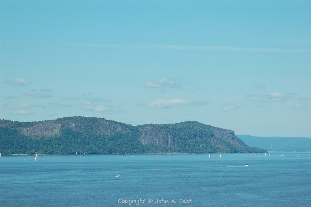 The boats are out to enjoy a beautiful fall day along the Palisades on the Hudson River in Tarrytown, NY