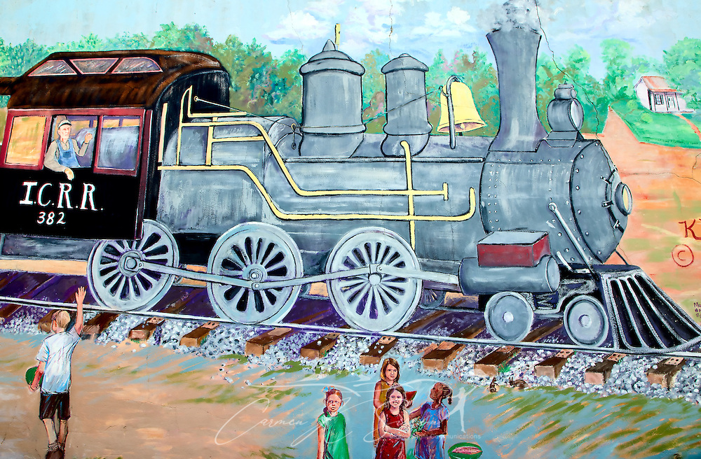 A train mural decorates a wall in downtown Water Valley, Mississippi. (Photo by Carmen K. Sisson/Cloudybright)