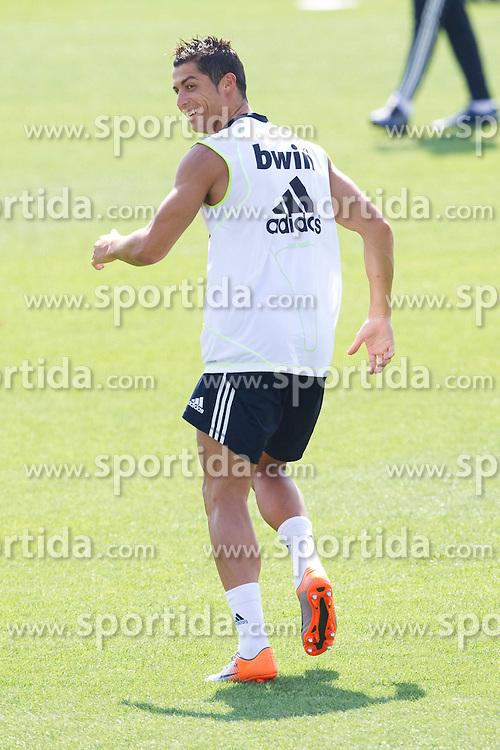 10.08.2010, Valdebebas, Madrid, ESP, Primera Division, Real Madrid Training, im Bild Cristiano Ronaldo. EXPA Pictures © 2010, PhotoCredit: EXPA/ Alterphotos/ Cesar Cebolla +++++ ATTENTION - OUT OF SPAIN +++++. / SPORTIDA PHOTO AGENCY