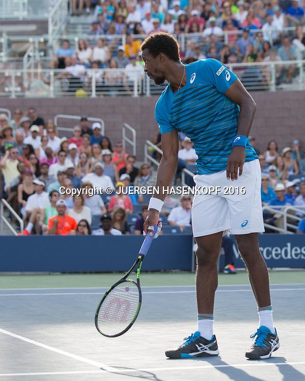 GAEL MONFILS (FRA) zeigt auf die Linie mit dem Schlaeger, Ballabdruck<br /> <br /> Tennis - US Open 2016 - Grand Slam ITF / ATP / WTA -  USTA Billie Jean King National Tennis Center - New York - New York - USA  - 2 September 2016.