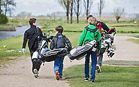 GOUDA - GOLFBAAN IJSSELWEIDE , kennismaken met golf tijdens Open Golfdag, jeugdspelers .  COPYRIGHT KOEN SUYK