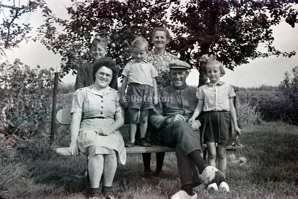 farmers family group portrait 1950s Netherlands