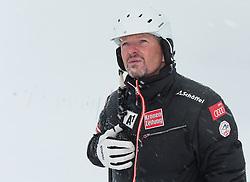 29.10.2013, Moelltaler Gletscher, Flattach, AUT, OeSV, Slalomteam Herren, Training, im Bild Mathias Berthold (OeSV Herren-Cheftrainer) // Mathias Berthold (OeSV Mens Headcoach) during practice session of mens Slalomteam of  Austrian Ski Team 'OeSV' at Moelltaler Glacier in Flattach, Austria on 2013/10/29. EXPA Pictures © 2013, PhotoCredit: EXPA/ Johann Groder