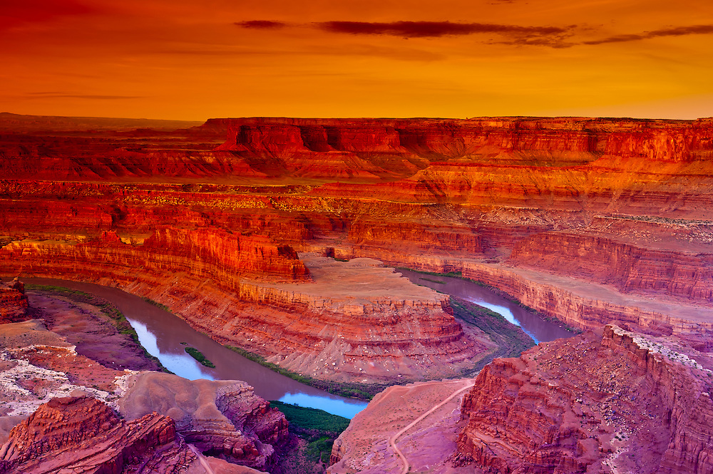 The Colorado River flowing below Dead Horse Point State Park, near Canyonlands National Park, outside Moab, Utah USA
