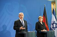 DEU, Deutschland, Germany, Berlin, 06.12.2012:<br />Der israelische Ministerpr&auml;sident Benjamin Netanjahu (L) und Bundeskanzlerin Angela Merkel (R) (CDU) w&auml;hrend einer Pressekonferenz im Bundeskanzleramt.