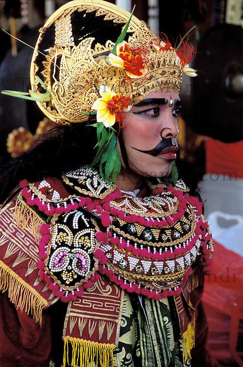 Temple festival at Batuan near Ubud - Ubud area - Bali - Indonesia