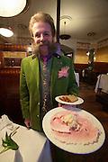 Vienna. Zum schwarzen Kameel. MaÎtre Johann Georg Gensbichler with a Beinschinken - ham and fresh-grated horseradish.