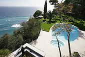 Mediterranean Garden 510
