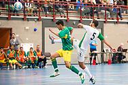 Zaalvoetbal Gouda Eerste Divisie 2014-2015 Watergras - ZVV Den Haag: Mo Laari van Watergras (groen wit)
