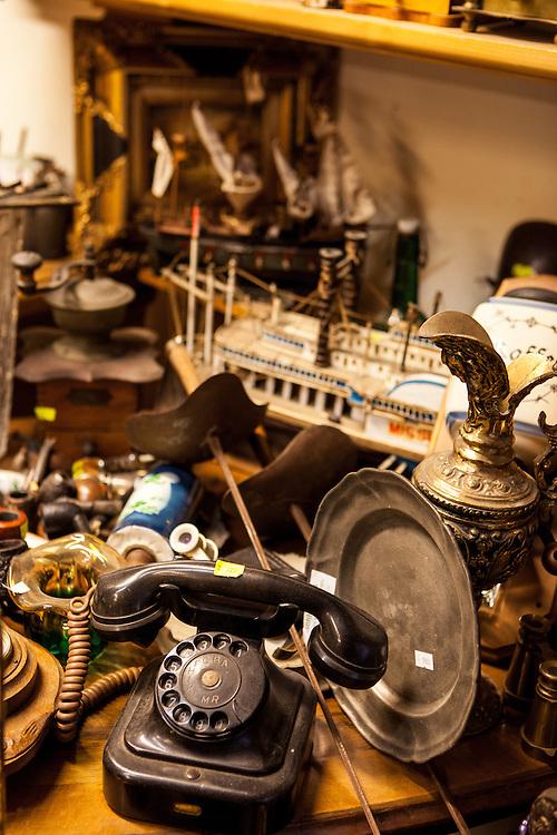 Antik Zastavarna - Antiquitätengeschäft in der Kyjevska Strasse.