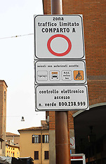 20110404 MUSA NUOVO CARTELLO PORTA RENO
