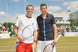 NOTTINGHAM, ENGLAND - Sunday, June 14, 2009: Greg Rusedski (GBR) takes on Richard Krajicek (NED) on finals day of the Tradition Nottingham Masters tennis event at the Nottingham Tennis Centre. (Pic by David Rawcliffe/Propaganda)