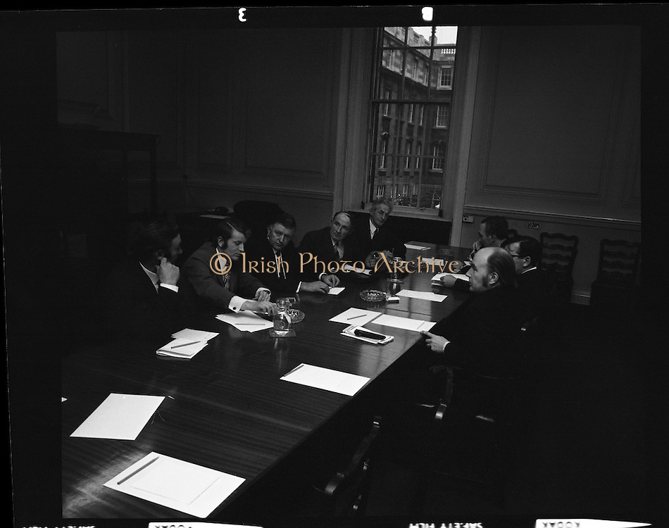Delegation to Dept. Agriculture, IFA Beetgrowers.<br /> 1972.<br /> 07.01.1972.<br /> 01.07.1972.<br /> 7th January 1972.<br /> The Irish Farmers Association representing the Irish Beet Growers met with The Minister for Agriculture,  Mr James Gibbons TD and The Minister for Foreign Affairs, Dr Patrick Hillery to discuss ongoing problems within the sector.<br /> <br /> Image shows the Ministers meeting with the IFA delegation at the Dept Of Agriculture in Dublin.