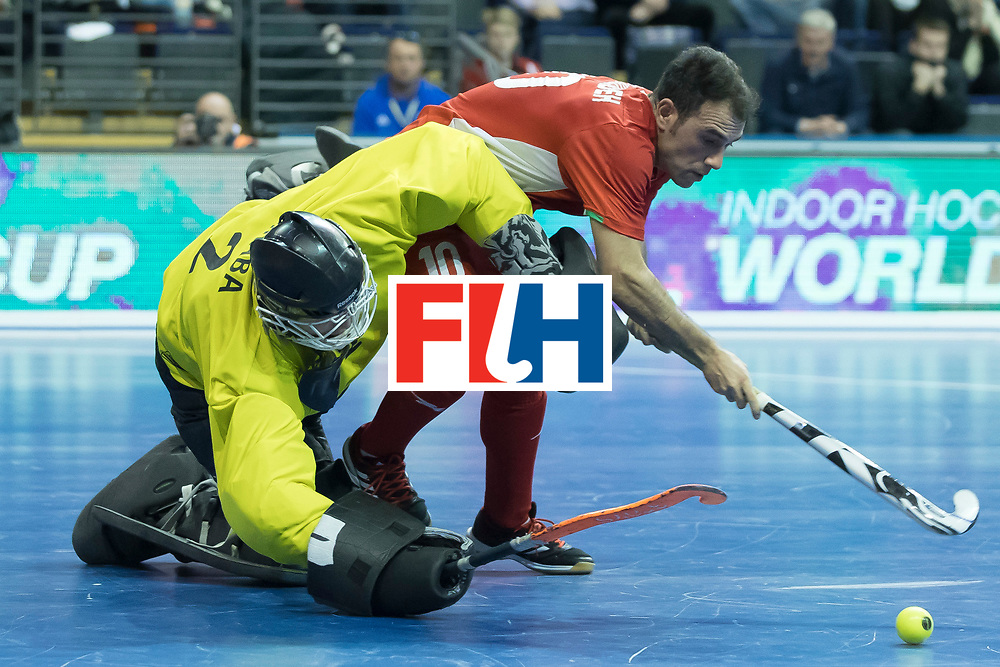 Hockey, Seizoen 2017-2018, 09-02-2018, Berlijn,  Max-Schmelling Halle, WK Zaalhockey 2018 MEN, Iran - Czech Republic 2-2 Iran Wins after shoutouts, Pavel Hraba (GK)  en Reza Norouzzadeh.