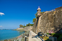 Paseo del Morro; city walls
