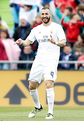 16.04.2016, Estadio Coliseum Alfonso Perez, Getafe, ESP, Primera Division, Getafe CF vs Real Madrid, 33. Runde, im Bild Real Madrid's Karim Benzema celebrates goal // during the Spanish Primera Division 33th round match between Getafe CF and Real Madrid at the Estadio Coliseum Alfonso Perez in Getafe, Spain on 2016/04/16. EXPA Pictures © 2016, PhotoCredit: EXPA/ Alterphotos/ Acero<br /> <br /> *****ATTENTION - OUT of ESP, SUI*****