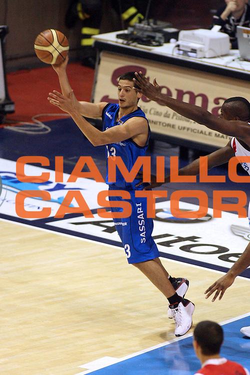 DESCRIZIONE : Pistoia Lega A2 2008-09 Carmatic Pistoia Banco Sardegna Sassari<br /> GIOCATORE : Chessa Massimo <br /> SQUADRA : Banco Sardegna Sassari<br /> EVENTO : Campionato Lega A2 2008-2009<br /> GARA : Carmatic Pistoia Banco Sardegna Sassari<br /> DATA : 19/04/2009<br /> CATEGORIA : Passaggio<br /> SPORT : Pallacanestro<br /> AUTORE : Agenzia Ciamillo-Castoria/Stefano D'Errico