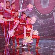1033_Team Love Cheer - Kiss