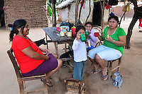 Guarani family in Isosog