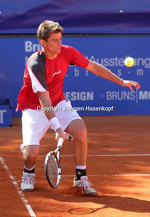 BMW Open 2012,250 ATP World Tour, Tennis Turnier, International Series,Iphitos Tennis Club, Sandplatz, Muenchen, Doppel, Michael Kohlmann (GER),Aktion,Einzelbild, Ganzkoerper,Hochformat,