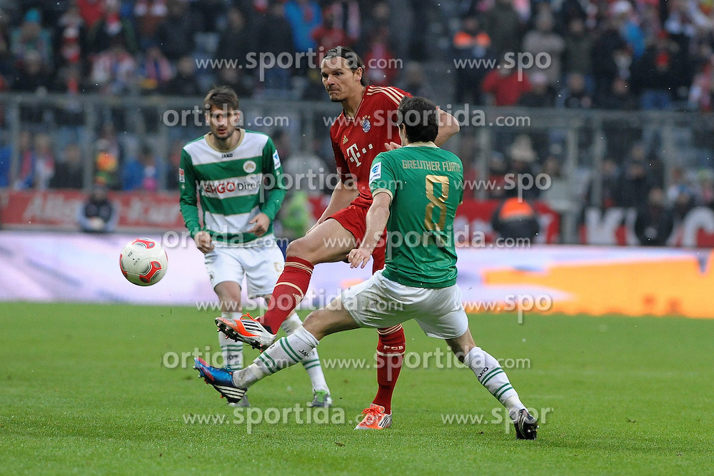19.01.2013, Allianz Arena, Muenchen, GER, 1. FBL, FC Bayern Muenchen vs SpVgg Greuther Fuerth, 18. Runde, im Bild Daniel VAN BUYTEN (FC Bayern Muenchen) hinter Stephan FUERSTNER (SpVgg Greuther Fuerth) // during the German Bundesliga 18th round match between 1. FSV Mainz 05 and SC Freiburg at the Coface Arena, Mainz, Germany on 2013/01/19,, , , , . EXPA Pictures © 2013, PhotoCredit: EXPA/ Eibner/ Wolfgang Stuetzle..***** ATTENTION - OUT OF GER *****