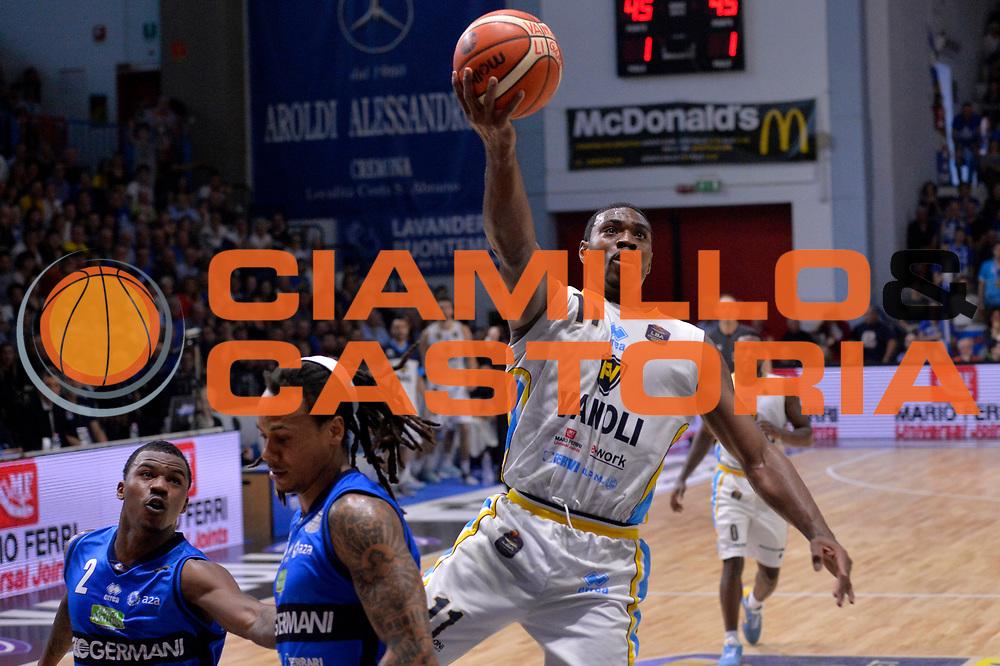 Paul Harris<br /> Vanoli Cremona - Germani Basket Brescia Leonessa<br /> Lega Basket Serie A 2016/2017<br /> Cremona, 09/04/2017<br /> Foto M.Ceretti / Ciamillo - Castoria