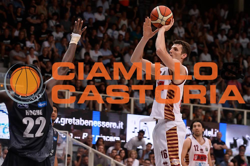 Benjamin Ortner<br /> Dolomiti Energia Aquila Basket Trento - Umana Reyer Venezia<br /> Playoff Gara 3<br /> Lega Basket 2016/2017<br /> Trento 14/06/2017<br /> Foto Ciamillo-Castoria