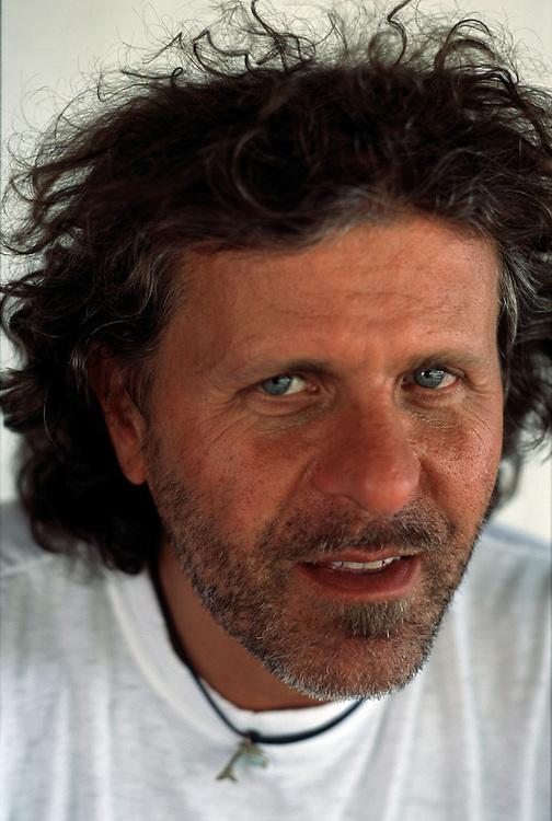 09/05/2001 - Molvena (VI) - Renzo Rosso, fondatore Diesel, presso l'azienda agricola Diesel Farm