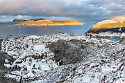 Fosnavåg city is the municipal center of Herøy in Møre og Romsdal county, Norway. This picture is captured in the Blue hour, just befor it gets dark. Stitched high resolution | Fosnavåg by er kommunesenteret i Herøy kommune, Møre og Romsdal. Dette bildet er tatt i blåtimen, rett før det blir mørkt. Sammensett, høgoppløslig.