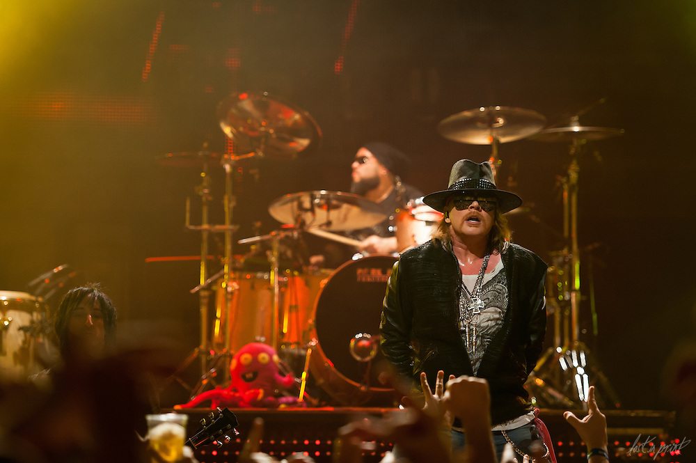 Guns 'N Roses at The House of Blues in Chicago, IL on February 19, 2012