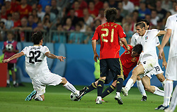 David Villa of Spain and Alberto Aquilani of Italy during the UEFA EURO 2008 Quarter-Final soccer match between Spain and Italy at Ernst-Happel Stadium, on June 22,2008, in Wien, Austria.  (Photo by Vid Ponikvar / Sportal Images)