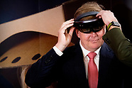 Koning Willem-Alexander bezoekt Snakeware