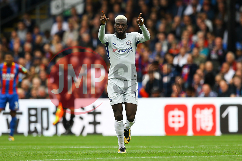 Goal, Tiemoue Bakayoko of Chelsea scores the equaliser, Crystal Palace1-1 Chelsea - Mandatory by-line: Jason Brown/JMP - 14/10/2017 - FOOTBALL - Selhurst Park - London, England - Crystal Palace v Chelsea - Premier League