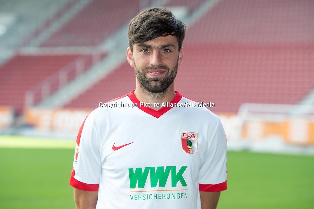 German Bundesliga - Season 2016/17 - Photocall FC Augsburg on 28 June 2016 in Augsburg, Germany: Jan Moravek. Photo: Tobias Hase/dpa | usage worldwide