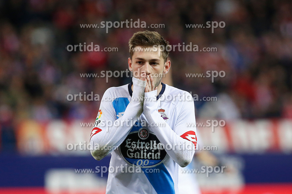 12.03.2016, Estadio Vicente Calderon, Madrid, ESP, Primera Division, Atletico Madrid vs RC Deportivo La Coruna, 29. Runde, im Bild Deportivo de la Coruna&acute;s Cartaglia reacts after missing a goal chance // during the Spanish Primera Division 29th round match between Atletico Madrid and RC Deportivo La Coruna at the Estadio Vicente Calderon in Madrid, Spain on 2016/03/12. EXPA Pictures &copy; 2016, PhotoCredit: EXPA/ Alterphotos/ Victor Blanco<br /> <br /> *****ATTENTION - OUT of ESP, SUI*****