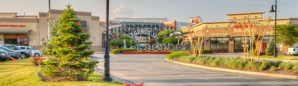 Legends Shopping Center at Village West, Kansas City, Kansas. Panorama photos taken on assignment for Performance Automotive.