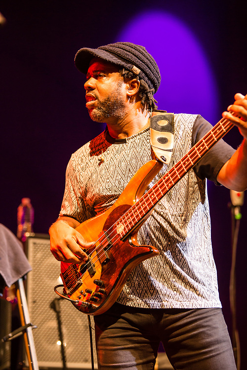 3 August 2017 – Brooklyn, NY. Singer Nellie McKay opened for Béla Fleck and the Flecktones to a large crowd at the BRIC Celebrate Brooklyn! Festival at the Prospect Park Bandshell. The Flecktones' bassist Victor Wooten.