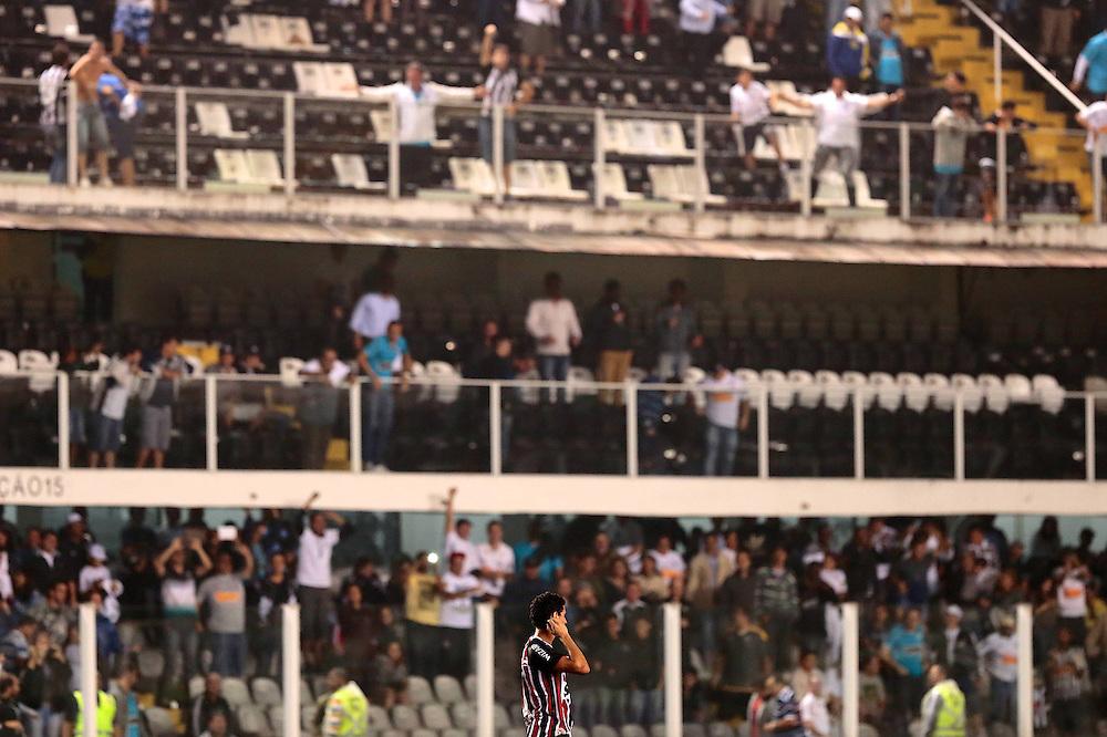 SANTOS X S&atilde;o Paulo - CAMPEONATO BRASILEIRO - 02/10/2013<br /> ESPORTE -  Ganso durante jogo entre Santos e S&atilde;o Paulo, v&aacute;lido pela 25&ordf; rodada do Campeonato Brasileiro de 2013, realizado no est&aacute;dio da Vila Belmiro, na cidade de Santos. FOTO: DANIEL GUIMAR&Atilde;ES/FRAME