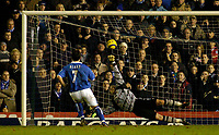 Fotball<br /> England 2004/2005<br /> Foto: SBI/Digitalsport<br /> NORWAY ONLY<br /> <br /> Birmingham City v Southampton<br /> Barclays Premiership. 02/02/2005.<br /> Birmingham's Robbie Blake (L) gives his team a 2-0 lead as he scores from the penalty spot to beat the despairing dive of Antti Niemi.