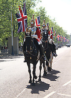 Household Cavalry The Mall - Royal Wedding, London, UK, 27 April 2011:  Contact: Rich@Piqtured.com +44(0)791 626 2580 (Picture by Richard Goldschmidt)